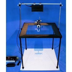 正面觀察水波投影器