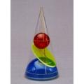 彩色圓錐體模型 B